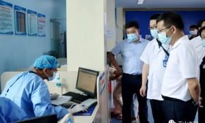 郑国良督导常态化疫情防控工作